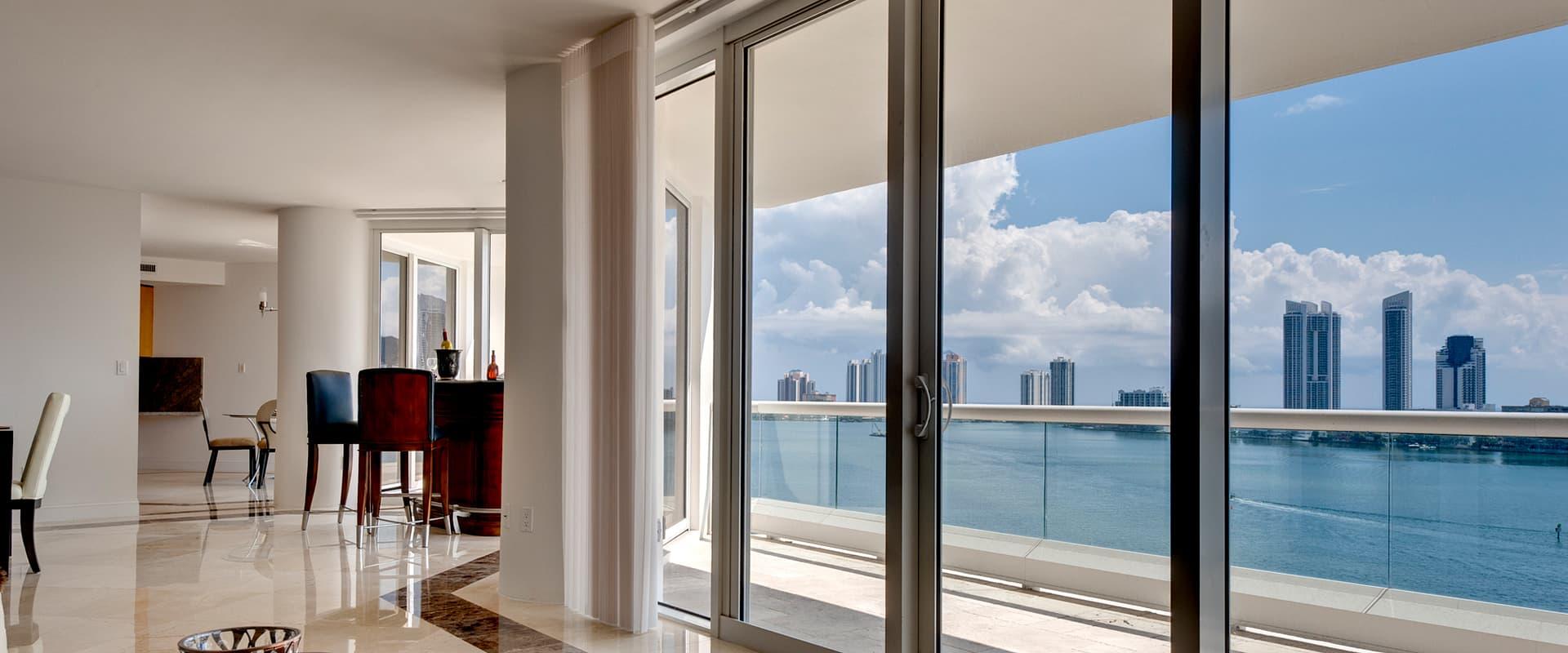 Najwyższa jakość okien i drzwi pcv i aluminium